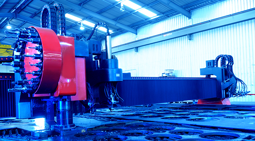 Steel plate plasma profile cutting